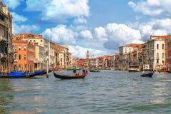 Venedig-Kanal groß lizenzfreie stockfotos