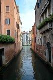Venedig kanaler i dagen Arkivfoton