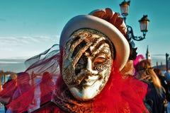 Venedig-Karneval, Porträt einer Maske, während des venetianischen Karnevals in der ganzen Stadt dort sind wunderbare Masken lizenzfreie stockfotos