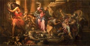 Venedig - målarfärg av Jesus Cleanses platsen för tempel (tempio för dal för den Cacciata deiprofanatorien) (1678) i kyrkliga Chi Arkivfoton