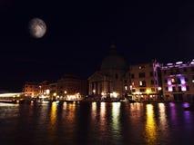 Venedig och månen Royaltyfri Fotografi