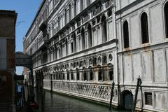Venedig, Palazzo Ducale und Seufzerbrücke stockfoto