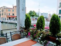 Venedig restaurang royaltyfri fotografi