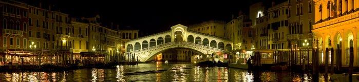 Venedig - Rialto bro royaltyfria foton