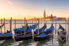 Venedig soluppgång Den San marcoen kvadrerar, Venedig, Italien royaltyfria bilder
