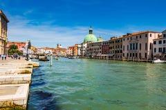 Venedig-Stadtbild, Wasserkanäle und traditionelle Gebäude Italien, Europa Stockfotos