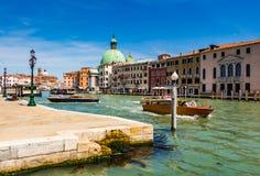 Venedig-Stadtbild, Wasserkanäle und traditionelle Gebäude Italien, Europa Lizenzfreie Stockbilder