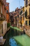 Venedig-Stadtbild, Wasserkanäle und traditionelle Gebäude Italien, Europa Stockfotografie