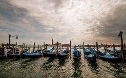 Venedig - station av gondoler Fotografering för Bildbyråer