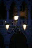 Venedig-Straßenlaterne Stockfotografie