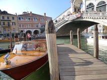 Venedig und die Rialto-Brücke Lizenzfreies Stockbild