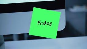venerdì Giorni della settimana L'iscrizione sull'autoadesivo sul monitor stock footage