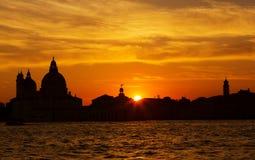 Venetië bij zonsondergang Stock Foto's