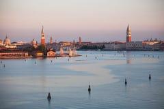 Venetië in de vroege ochtend Stock Foto