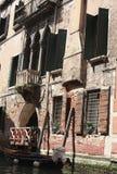 Venetië door boot Stock Fotografie