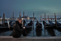 Venetië, een mooie Italiaanse stad, bij magische nacht miljoenen toeristen hebben nu het bezocht royalty-vrije stock afbeeldingen