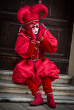 Venetië - Februari 6, 2016: Kleurrijk Carnaval-masker door de straten van Venetië Stock Foto