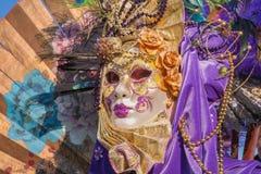 VENETIË, ITALIË - FEBRUARI 26, 2011: Luxemasker van Carnaval Stock Afbeeldingen