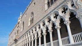 Venetië, Italië Het verbazende landschap bij het Paleis van de Doge bouwde Venetiaanse Gotische stijl in stock afbeelding