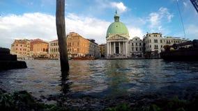 Venetië, Italië Motorboten Seagul stock video
