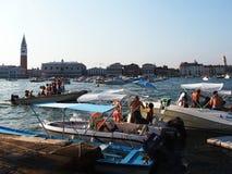 VENETIË, ITALIË - 07/18/2015: Voorbereidingen voor het Festival van de Verlosser Royalty-vrije Stock Fotografie