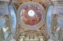 Venetië - Koepel van Cappella Sagredo van. cent 17. met de fresko door Girolamo Pellegrini in kerk San Francesco della Vigna. Royalty-vrije Stock Afbeeldingen