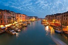 Venetië, Mening van Brug Rialto. Royalty-vrije Stock Afbeeldingen