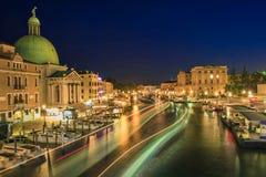 Venetië in nachtscène Stock Afbeelding