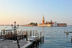 Venetiaanse dijk dichtbij het Grote kanaal. Stock Foto
