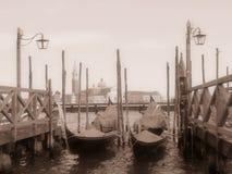 Venetiaanse gondels Stock Afbeeldingen