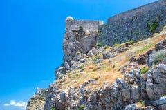 Venetian forteca Fortezza na wzgórzu przy starym miasteczkiem Rethimno, Crete, Grecja zdjęcia royalty free