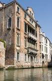 Venetian gammalt hus Arkivfoto