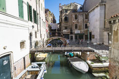 Venetian Gondoliers Royaltyfri Bild