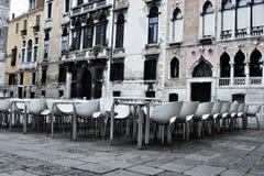 venetian liggande E royaltyfria foton