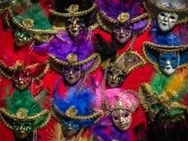 Venetian maskeringar för flerfärgad karneval Royaltyfri Foto