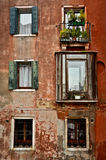 Venetian Windows, Venedig Royaltyfri Fotografi