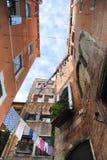 Venetianische Ansicht von unterhalb Stockfotos