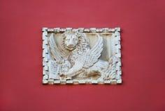 Venetianische geflügelte Löweplakette Stockfotografie