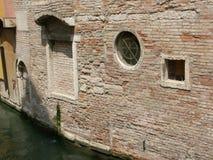 Venetianische hintere Gasse Stockbild