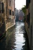 Venetianische Kanalansicht Stockbilder
