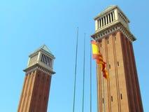 Venetianische Kontrolltürme in Barcelona Stockbilder