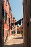 Venetianische Straße stockfotografie