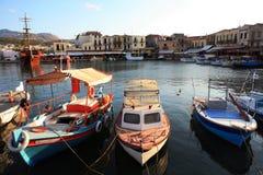 Venetianischer Hafen an der Dämmerung lizenzfreie stockfotos