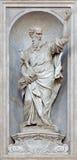 Veneza - estátua de Saint Paul (1738 - 1755) da igreja Santa Maria del Rosario (dei Gesuati de Chiesa) por Giovan Maria Morlaiter Imagens de Stock Royalty Free