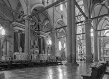VENEZA, ITÁLIA - 12 DE MARÇO DE 2014: Interior de di San Giovanni e Paolo da basílica Fotografia de Stock