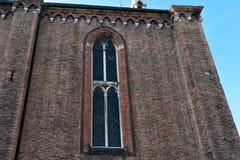 Veneza Italy Detalhe de Frari do dei de Santa Maria Gloriosa dos di da bas?lica da fachada, o vitral foto de stock