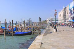 Veneza, Italy gondolas Fotos de Stock Royalty Free
