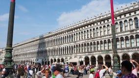 Veneza, Italy Paisagem de surpresa do quadrado de San Marco vídeos de arquivo