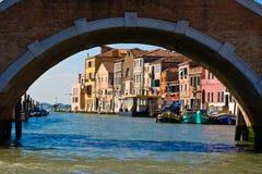 Veneza sob a ponte Foto de Stock