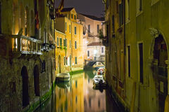 Venezia alla notte fotografie stock